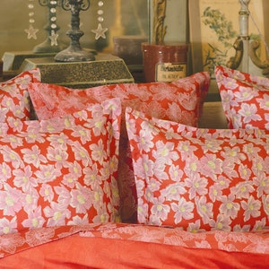 Anemone Corail Pillow Sham