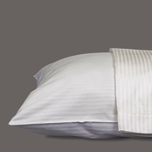 Bordeaux White Pillowcases Set, 320 thread count