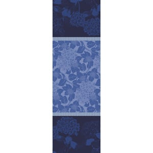 "Hortensias Bleu Tablerunner 69""x22"", Green Sweet Stain-Resistant Organic Cotton"