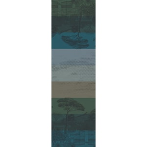 "Palazzina Linea Nocturne Tablerunner 21""x71"", Green Sweet Stain-resistant Cotton"