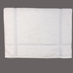 "Bora White Bath Mat 20""x30"""