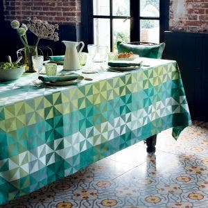 Mille Quartz Emeraude Tablecloth