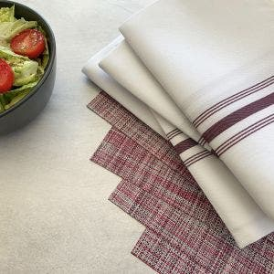 8-Piece Set. Strawberry Placemats with White Bistro Napkins with Burgundy stripes
