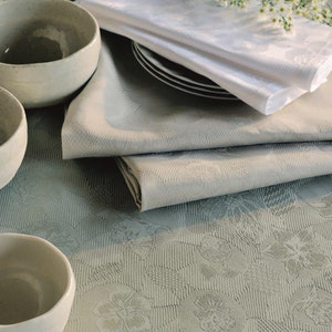 "Mille Pensees Madera Napkin 22""x22"", 100% Cotton"