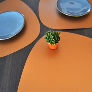 """Recycled Leather Bronze Placemat, Oval 16.5x12.25"""""""