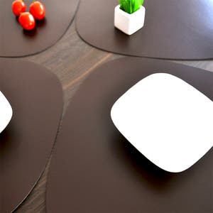 """Recycled Leather Brown Placemat,Oval 16.5x12.25"""""""