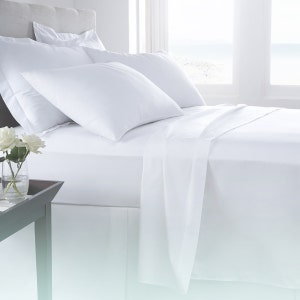"Cambridge White King Duvet Cover, 105""x88"", 250TC"