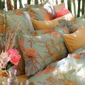 Fleurs Du Desert Opale Queen Pillow sham Image