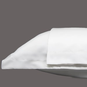 Georgetown Polycotton Sateen White King Set of Two Pillow Shams, 300 thread count