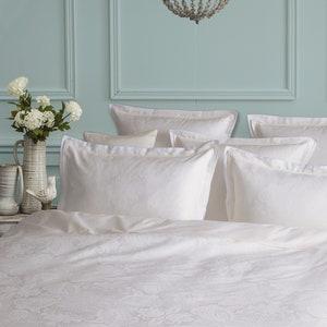 Isaphire Diamant Blanc Queen Duvet Cover