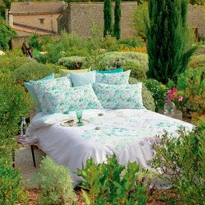 Jardin Vagabond Printemps Duvet Cover