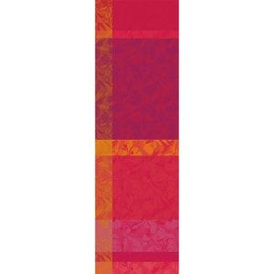 Mille Folk Cranberry Jacquard Tablerunner, 100% Cotton Image