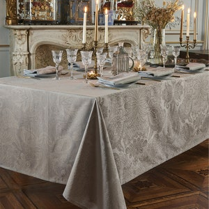 Mille Isaphire Mini Beige Jacquard Tablecloth Image