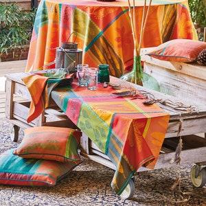 Mille Phoenix Automne Jacquard Tablecloth Image