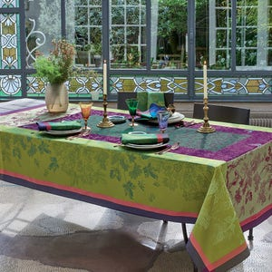 Plaisirs D Automne Muscat Tablecloth