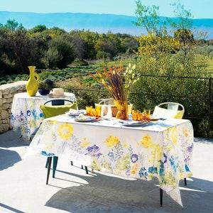Fleurs Champetres Floraison Tablecloth