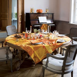 Mille Banquets Ocre Collection