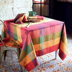 "Mille Alcees Litchi Tablecloth 71""x118"", 100% Cotton"