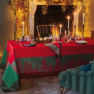 Noel Etoile Rouge Jacquard Tablecloth, Stain Resistant Cotton Image
