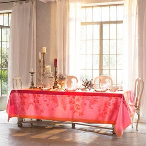 Ombelles Rose Jacquard Tablecloth, 100% Linen