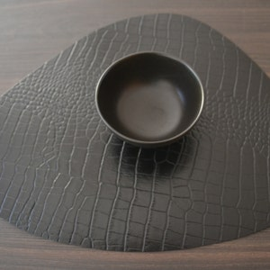 Croco Black Placemat, 100% Recycled Leather