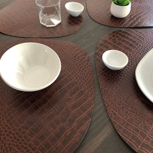 Croco Placemat, 100% Recycled Leather