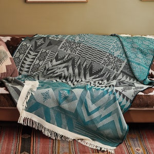 Santa Fe Plaid Crepuscule Jacquard Bed Throw