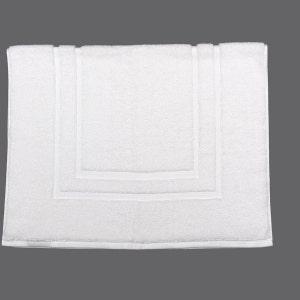 "Zephyr White Bath Mat 21""x32"", 10 lbs/dz"